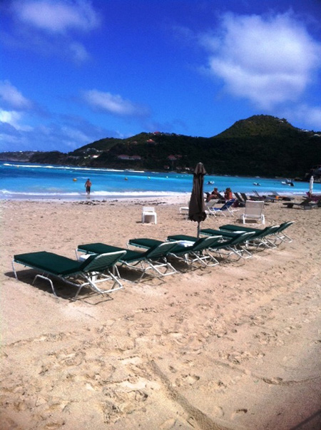 Beach lounges from Carib Waterplay
