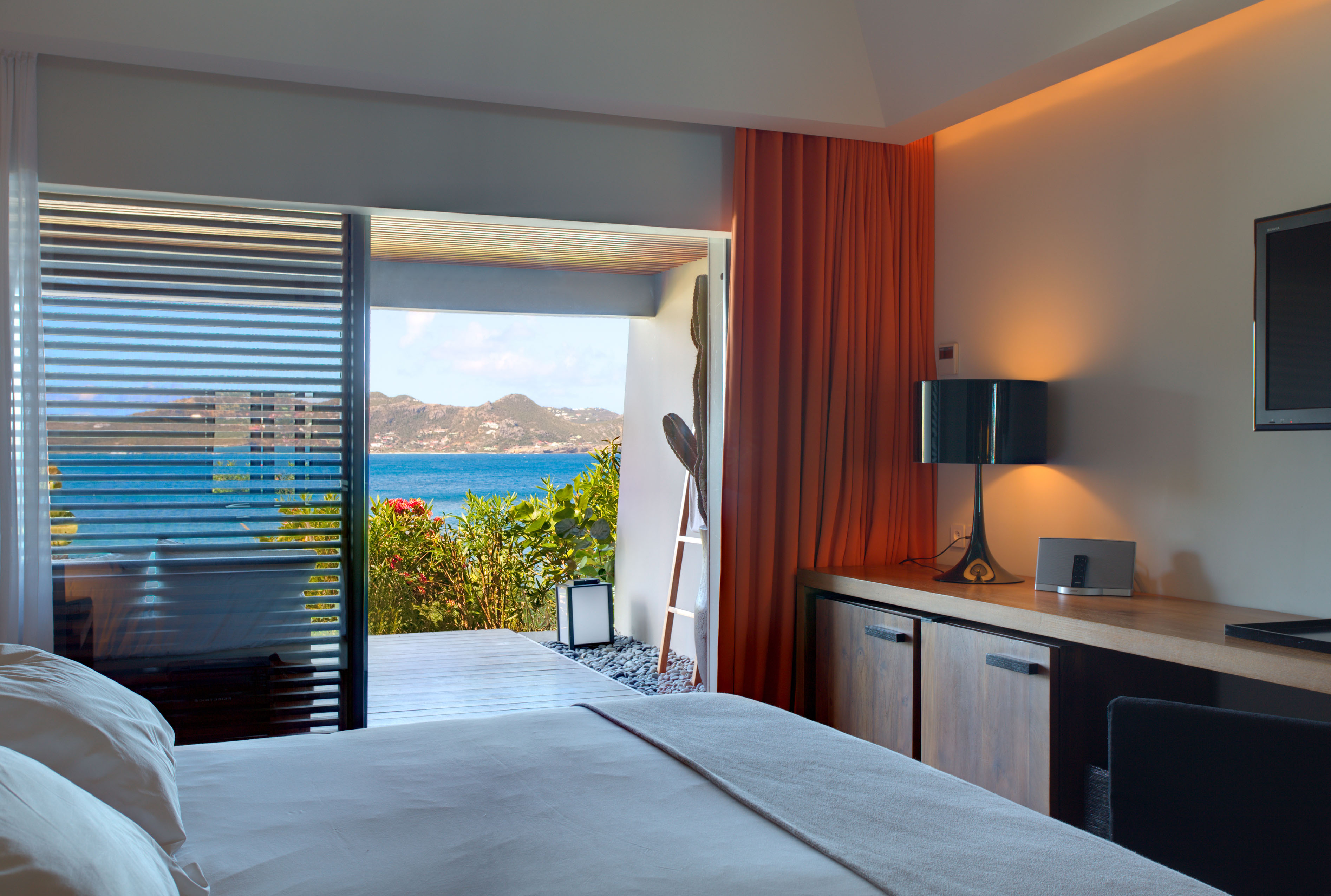 100 square feet room - Ocean Deluxe Terrace Room At The Christopher