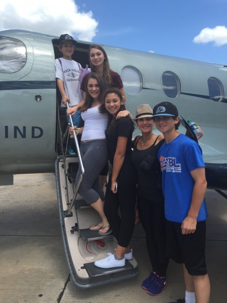 Boarding our Tradewind Flight - Jack, Julie, Ava, Haley, Lindsey, Keith