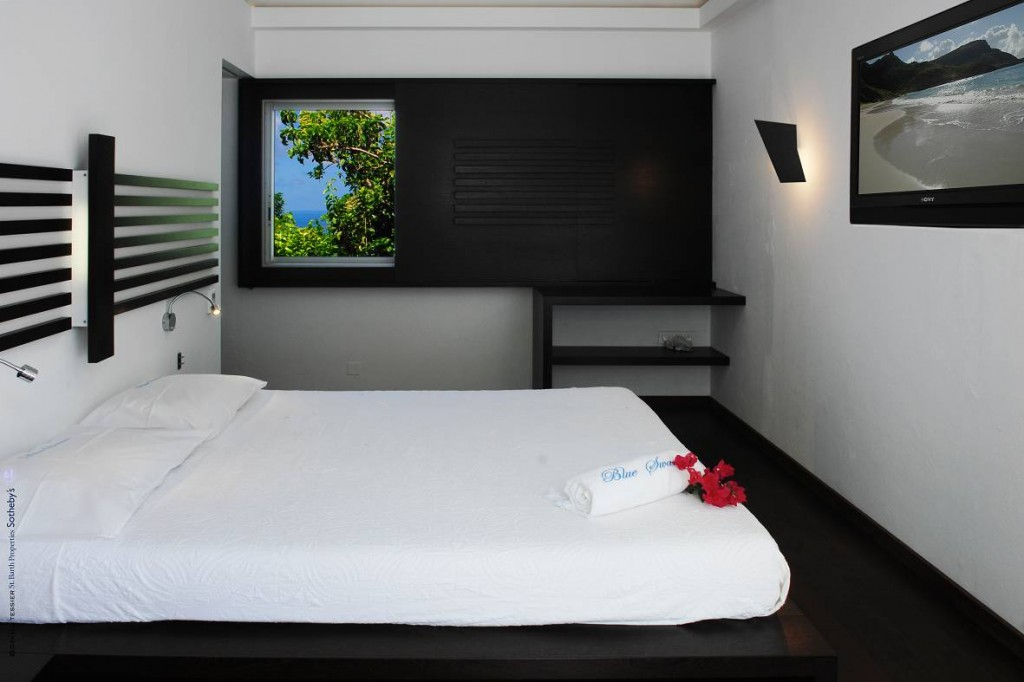 Villa Cygne's newly renovated 3rd bedrooom