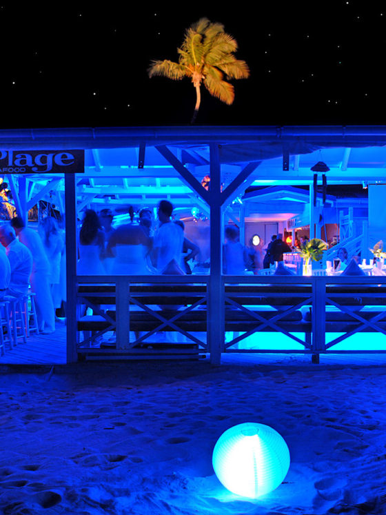 La Plage at night
