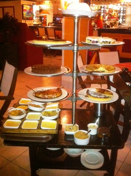 Wall House Dessert Trolley