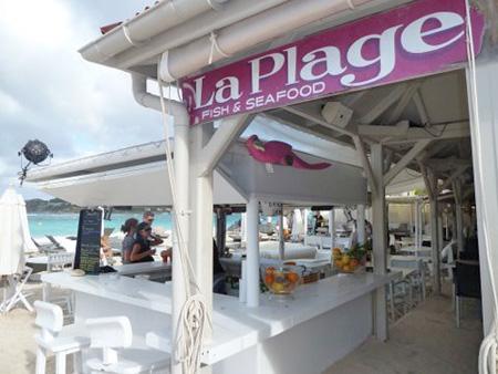 Pink Parrot Bar at La Plage