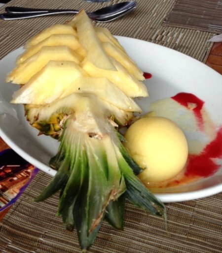 L'Ananas Frais (Fresh Pineapple) at the Santa Fe