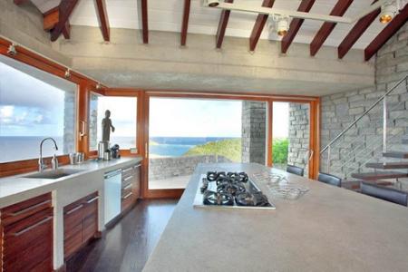 Villa Les Étoiles kitchen