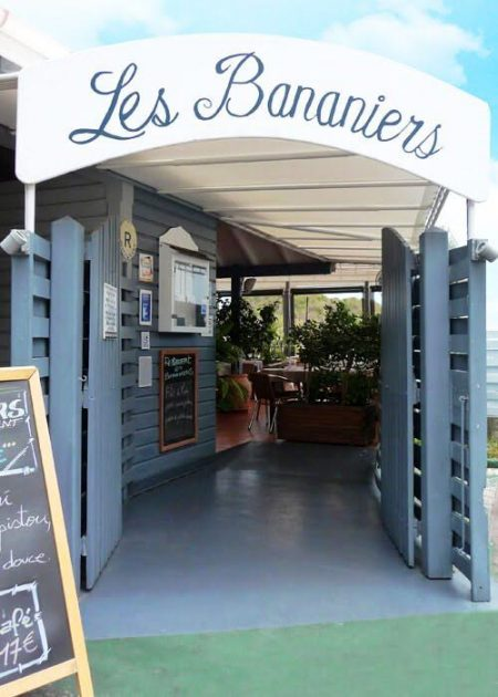 We love the pizzas (as well as the regular menu) at Les Bananiers
